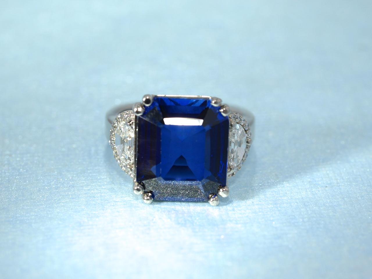 Marv Sapphire Diamond Ring